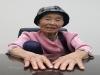 '떠나는 사람들의 넋을 위로하다'...59년 째 수의 짓고 있는 최재선 할머니