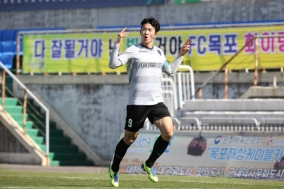 천안시축구단, '통한의 역전골' 허용해 목포 원정서 석패