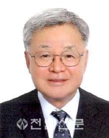 (사진) 한시준 독립기념관 관장.png